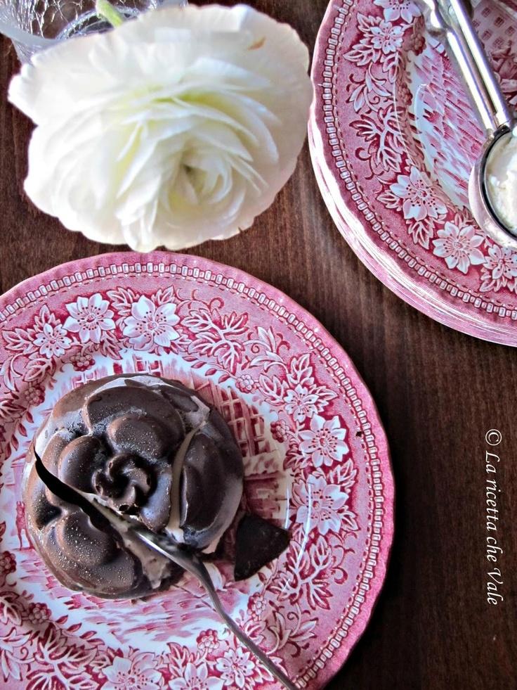 Camelie gelato al cioccolato e cocco - Stampo Camelia Silikomart