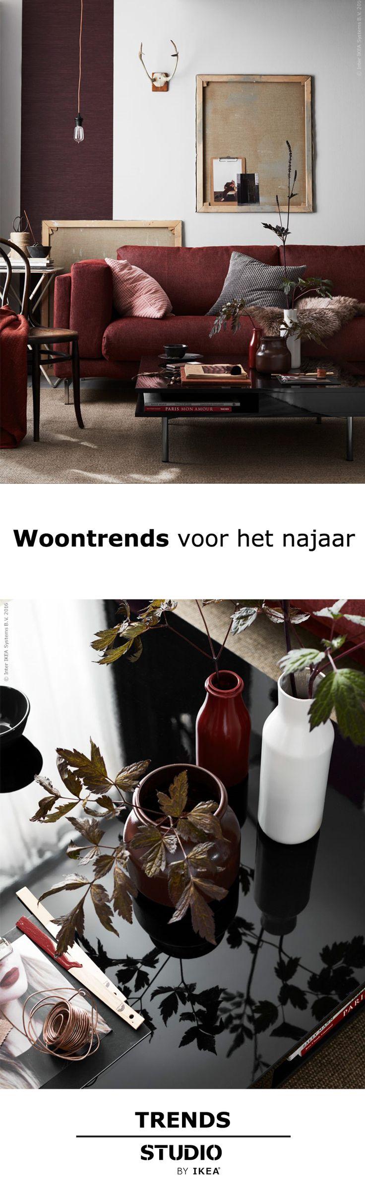 25 beste idee n over rood interieur op pinterest rode interieurs fluwelen stoelen en luxe - Kleur trend salon ...