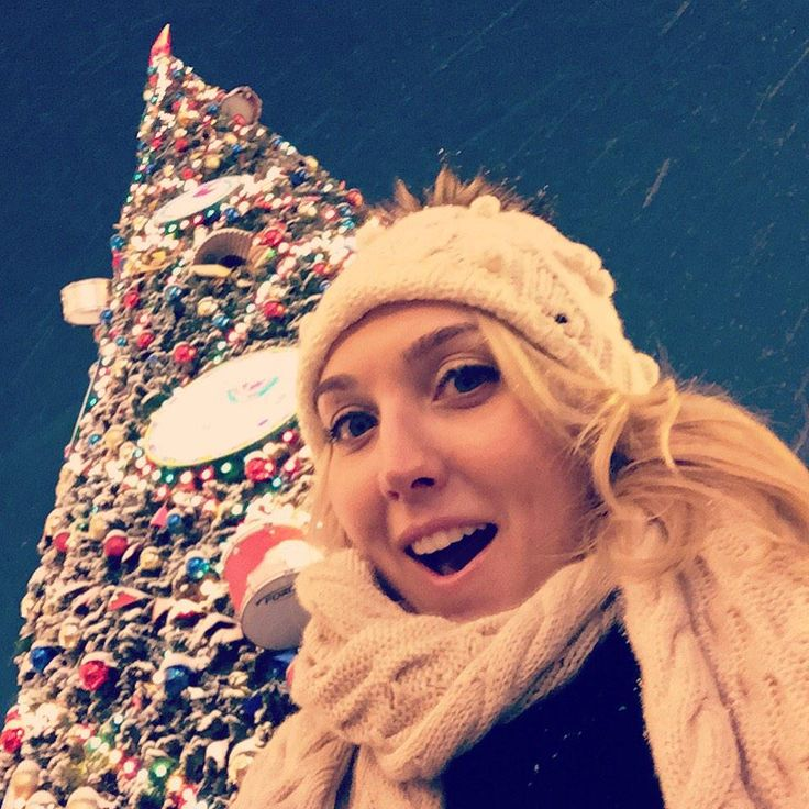 Elena Vesnina: Merry Christmas - Happy Holidays - Happy New Year - снаступающими