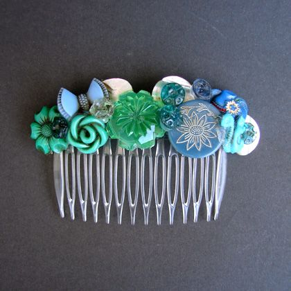 I bought a bunch of combs a while back for crafting purposes and then never followed through on my plans. This is a cute idea.