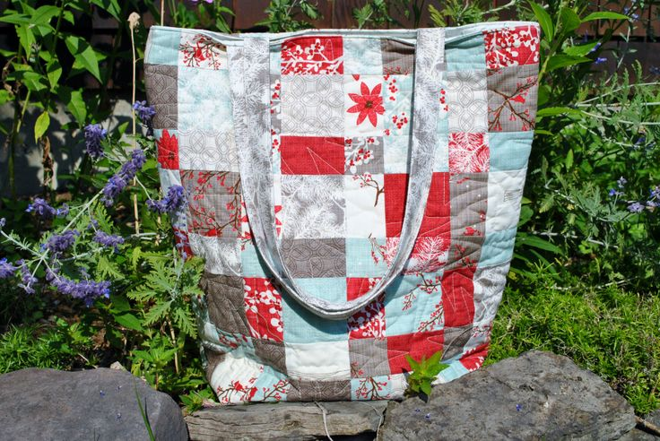 Tote bag using one charm pack #winterslanefabric #modafabric #patchwork #sewingprojects  https://www.etsy.com/listing/153715977/pdf-bag-pattern-one-charm-pack-or-scraps?ref=shop_home_active