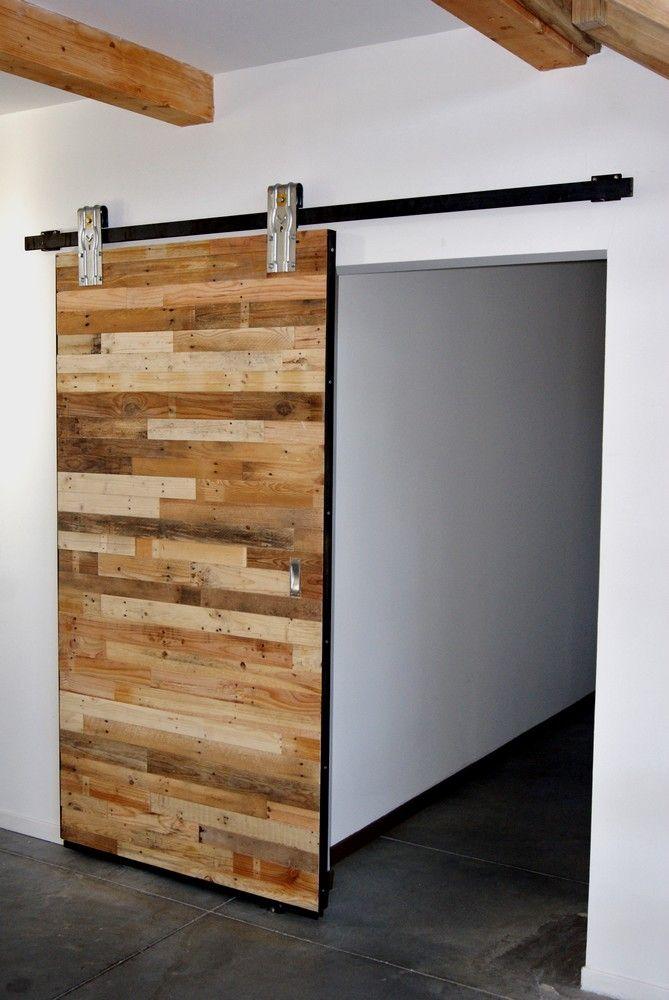 les 25 meilleures id es de la cat gorie portes de grange sur pinterest porte grange fait. Black Bedroom Furniture Sets. Home Design Ideas