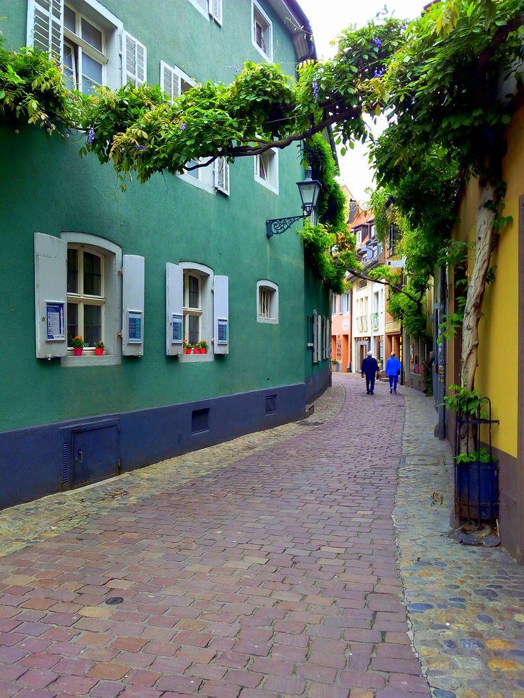 Une journée à Fribourg, Allemagne - A Journey Away