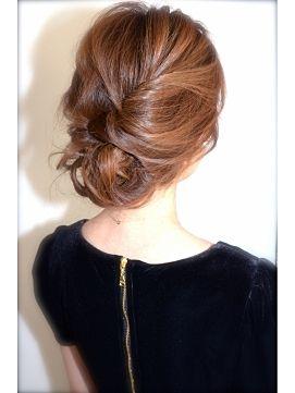この画像は「ゆらゆら、ふわんっ。ロングピアス&ルーズまとめ髪でドリーミィな女ガオ♡」のまとめの18枚目の画像です。