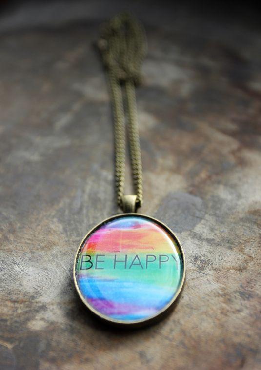 Be happy | Кулоны | Аксессуары | Uniqhand - сообщество любителей необычных вещей