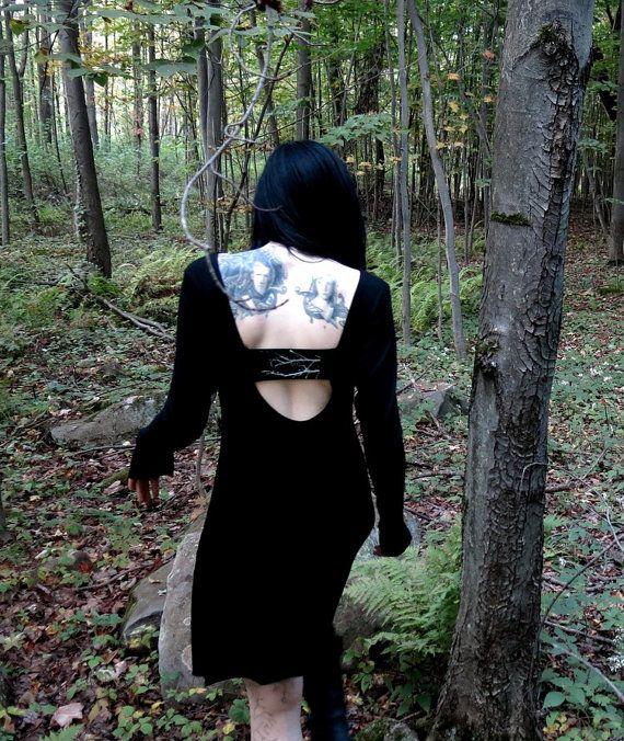 Lavinia nero rami aprono indietro lungo abito di HellCouture