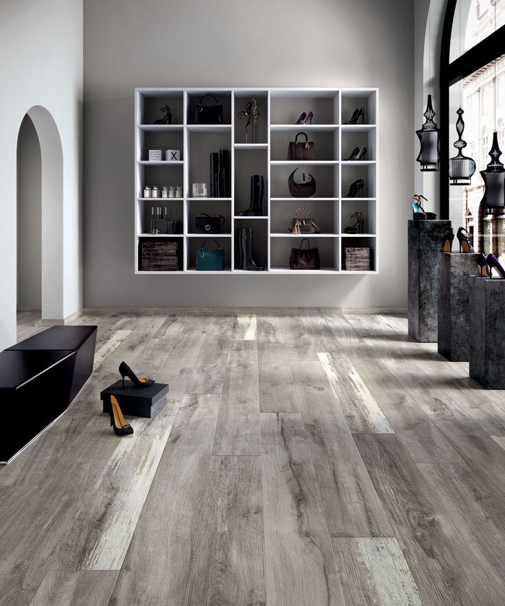 "Legendary Wood Grey | Porcelaine - Porcelain | Fini naturel - Natural Finish | 8""x67"" & 16""x67"" 