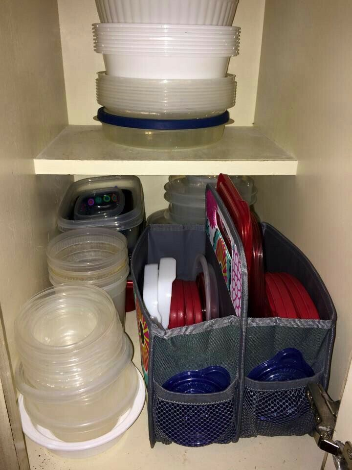 Tupper topper and lid solution using the Double Duty Caddy by Thirty-One! www.thebagdealer.com