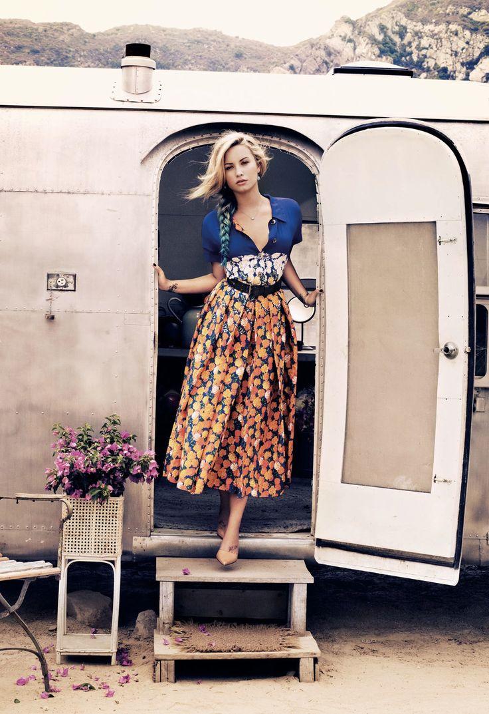 opaqueglitter:    TEEN VOGUE NOVEMBER 2012Model: Demi LovatoPhotographer: Jason Kibbler