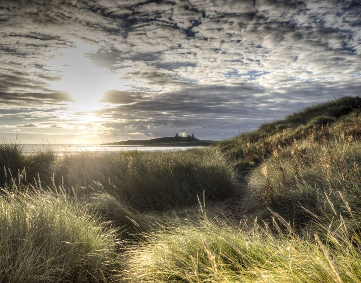 https://flic.kr/p/A29E2T | Dunstanburgh Castle at Dawn | From Dunston Steads