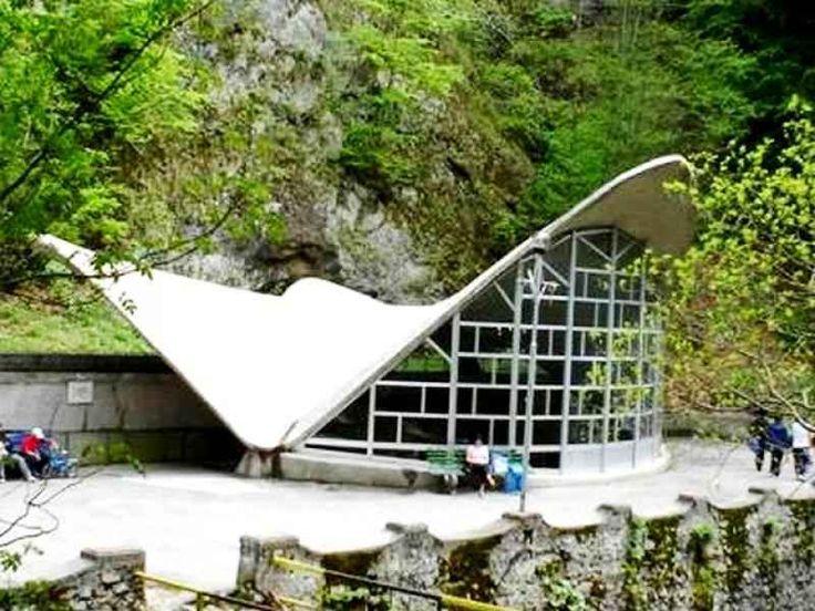 Statiunea Baile Olanesti, tratamente balneare, izvoare ape minerale