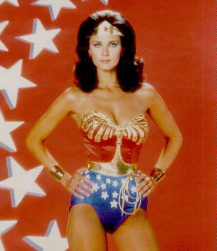 Wonder Woman è una serie Tv statunitense, basata sulle avventure del personaggio dei fumetti DC Comics Wonder Woman, creato da William Moulton Marston.