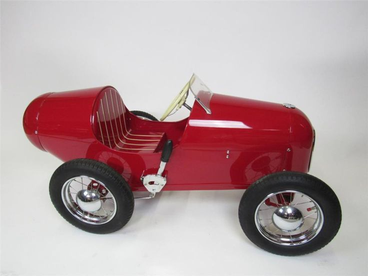Nicely restored 1948 Grand Prix Racer pedal car by Triang.