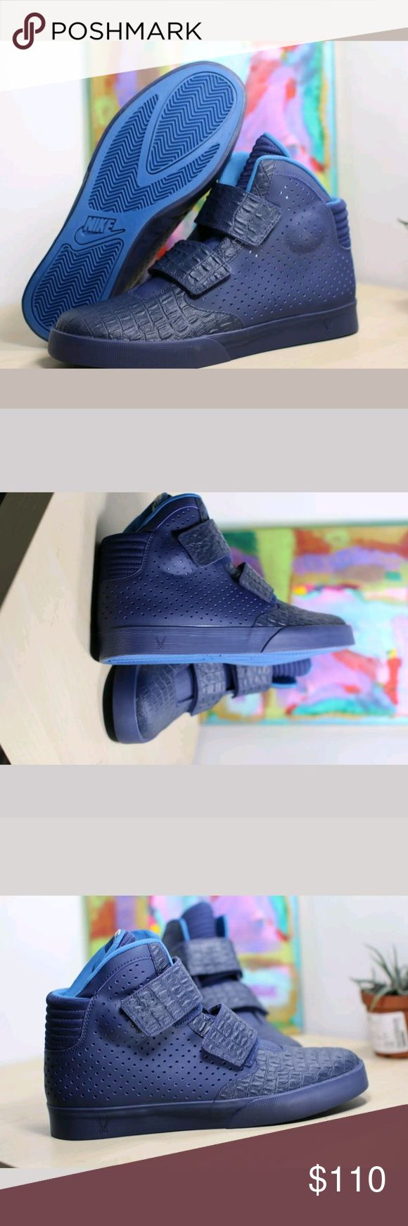 Nike flystepper 2k3 new size 11 1/2 Nike Flystepper 2K3 Premium Midnight Navy Brigade Blue Mens 677473 444 New size 11 1/2    New without box.  Inspired by the 2K3 hoops shoe, the Nike Flystepper 2K3 is a futuristic high top whose sleek, minimalistic upper features a dual strap system for supreme lockdown and style.  The autoclave midsole offers cushioning and support.Rubber outsole provides traction when you need it. Nike Shoes Sneakers