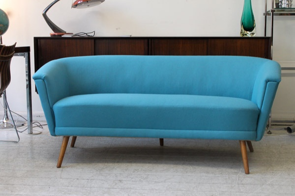 Image of 1950'S  COCKTAIL SOFA