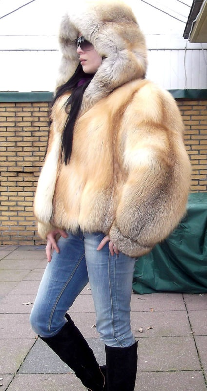 1000 images about my on pinterest uggs parkas and fox fur coat. Black Bedroom Furniture Sets. Home Design Ideas