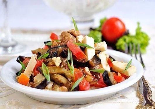 Салат из баклажанов  | Про рецептики - лучшие кулинарные рецепты для Вас!