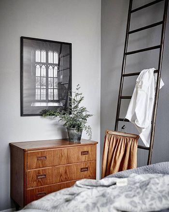引越しの度に物を大量に処分したり、家具を買い換えたりするのは大変なので、家具選びは吟味したいところ。一つで二役以上の多用性をもつ便利な家具をご紹介します。