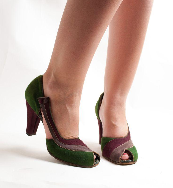 Vintage 1940s Shoes - 40s Peep Toe Shoes - Tri-Color Suede