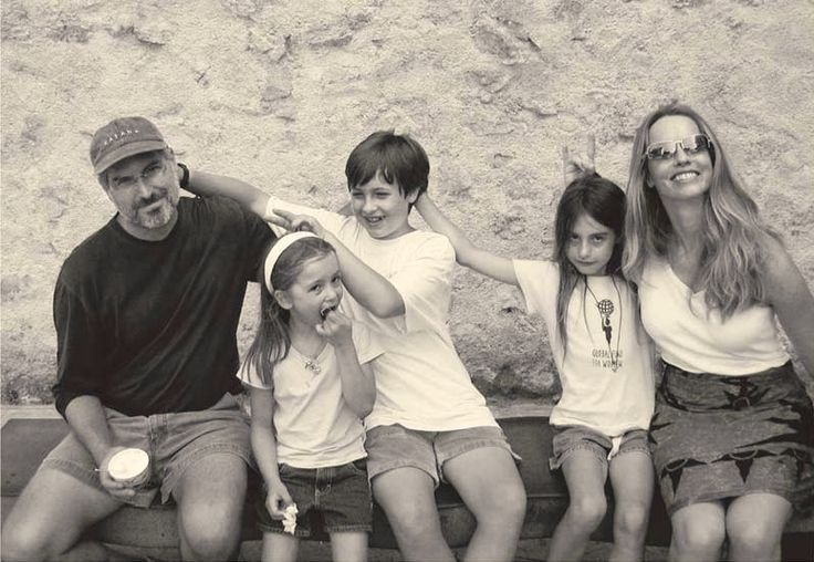 Here's Why Steve Jobs Didn't Let His Kids Use iPads and Why You Shouldn't Either - See more at: http://theunboundedspirit.com/why-steve-jobs-didnt-let-his-kids-use-ipads/#sthash.58fnSOCT.dpuf