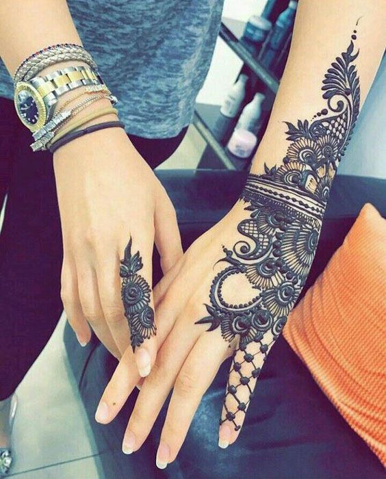 UNIQUE HENNA TATTOOS BECOME THE TREND IN SUMMER – Page 45 of 71
