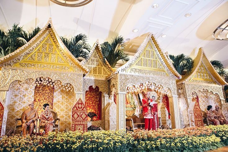 Autumn Themed Sunda and Minang Wedding - Ballroom_Wedding_0041