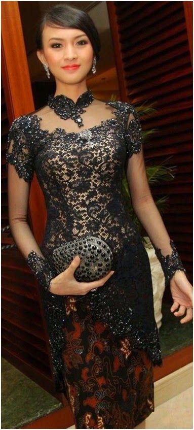 model kebaya wisuda artis donita hitam