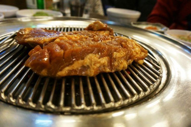 Singil - 스테이크형 돼지갈비로 유명한 순흥골