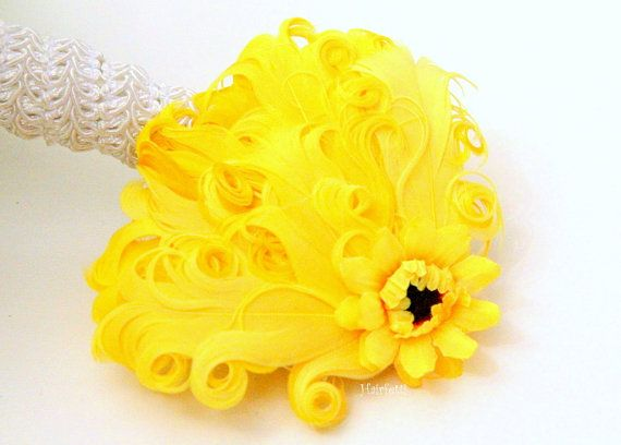 Sunshine yellow hair clip, yellow fascinator, sunflower yellow hair flower, yellow flower headband, tea party hairpiece, yellow dress