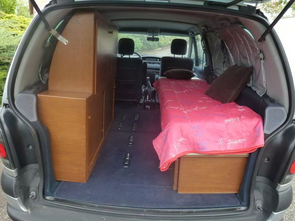 Camping car RENAULT occasion - Fourgon - 7 places - 2002 - 7000 € - Tonneins (Lot-et-Garonne)