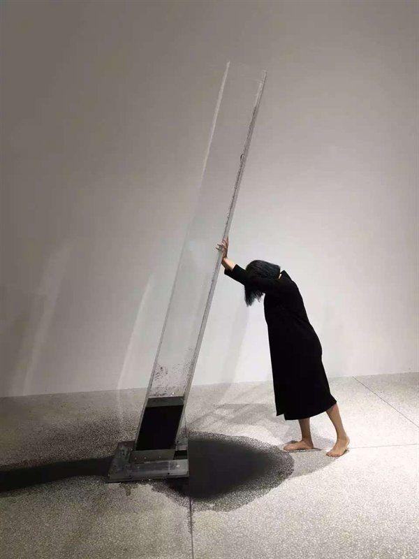 肖鲁 XIAO LU - Human - 2016/installation/performance art