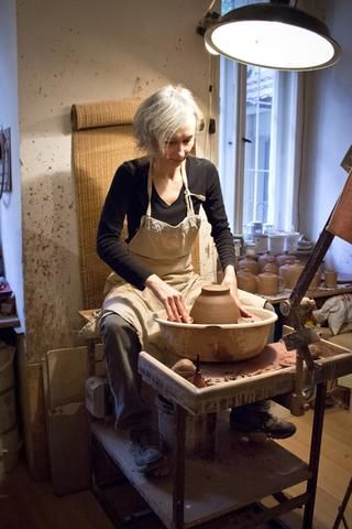 Story about Nina Rail and her ceramic products #ceramics #handmade #clay #story #hnstly