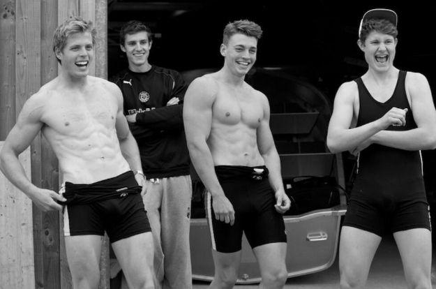 Warwick Rowing Club, UK University Team, Strips Down