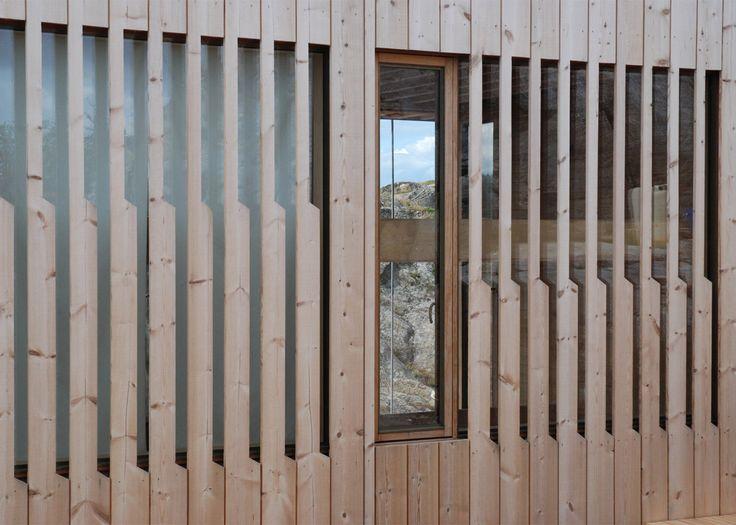 Lund Hagem completes stilted cabin on Norwegian island