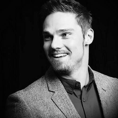 Jay Ryan...oh my....I'm in love