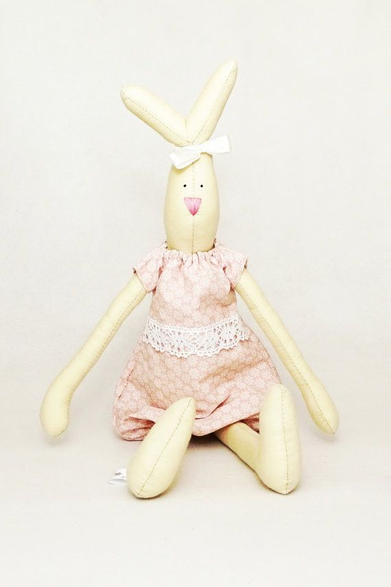 Soft bunny Bianka with removable outfit