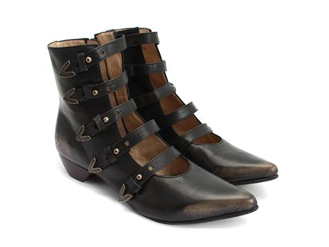 Check out the Fluevog Petrea: Steampunk Shoes Boots, Steampunk Fashion, Steampunk Footwear, Style, Fluevog Boots, Shoes Boots Ankle, Shoe Boots, John Fluevog Shoes, Western Boots