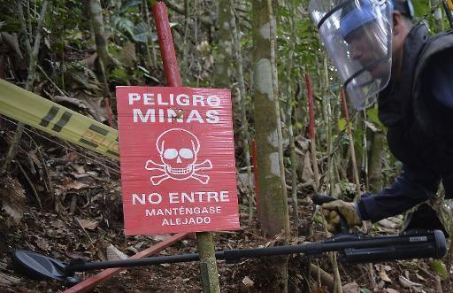 La coopération annoncée entre les autorités et la guérilla des Farc pour désactiver toutes les mines antipersonnel en Colombie suscite beaucoup...