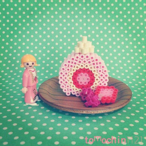 how to make a 3d strawberry shaped cake