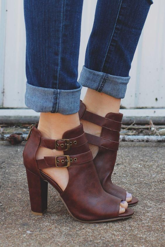 Zapatos Tacon Grueso Outfit