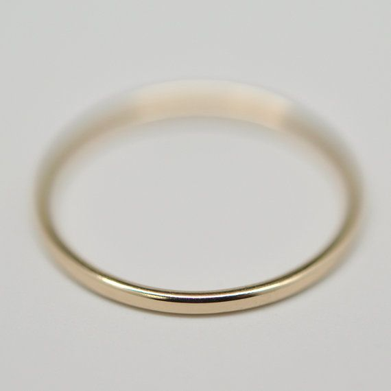 1 mm gold wedding band ring
