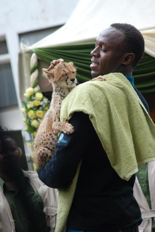 First photo of Usain Bolt and his son