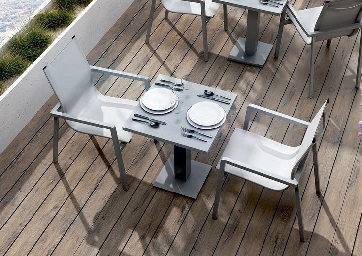Meble ogrodowe VIGO 2 - prod. Zumm Garden Furniture (meble ogrodowe aluminium, meble z aluminium, nowoczesne meble ogrodowe, ekskluzywne meble ogrodowe aluminium, zestawy ogrodowe z aluminium, meble tarasowe, stół ogrodowy, fotele ogrodowe, krzesła ogrodowe, meble tekowe, meble teak, teakowe meble ogrodowe, zestawy mebli z aluminium, zestaw mebli ogrodowych teak, Garden Space)