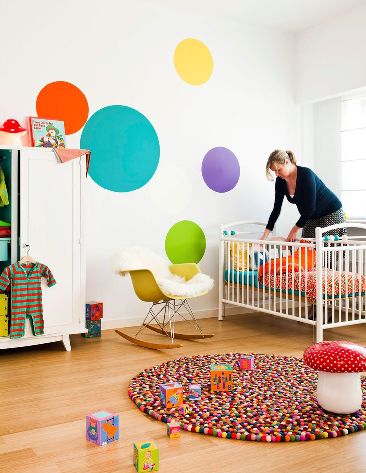 Colorfull babyroom. Used Colors: Shady Purple A60, Clear Blue A60, Clear Orange B80, Clear Green A80, Clear Yellow A80 from the Levis Colour Mix Collection