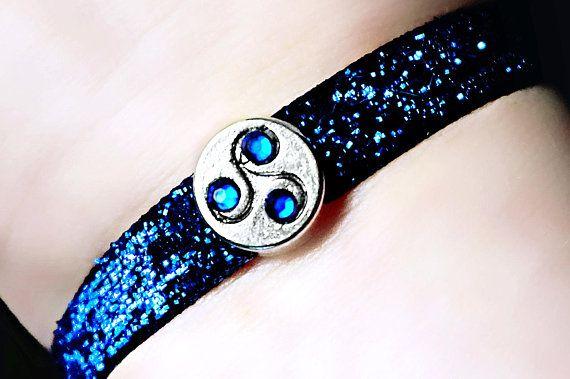 BDSM symbole triskele triskelion brassard bracelet