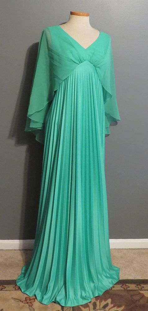 The 60 best [1970s] ~ prom fashion images on Pinterest | 1970s ...