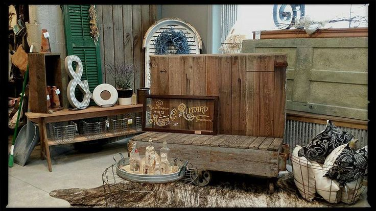 39 best funky junk boutique 18 w main st seville oh 44273 images on pinterest funky junk - Factory sofas sevilla ...