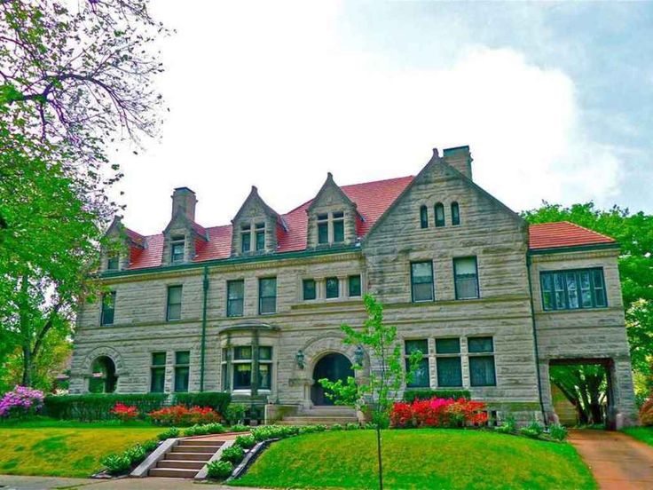 Charming 40 Portland Place, Saint Louis MO   The House That Buster Brown Built.