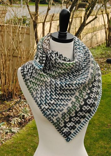 Dovetail Shawl pattern by Judy Marples