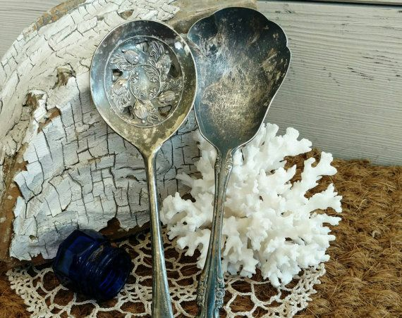 Check out this item in my Etsy shop https://www.etsy.com/listing/290850897/victorian-silver-plated-serving-utensils